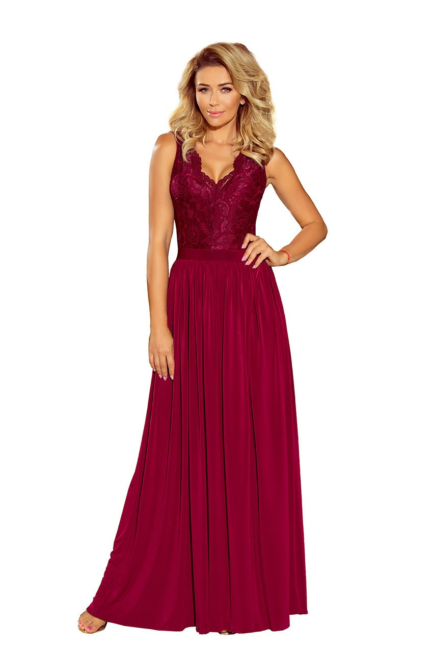 Spoločenské dámske šaty bez rukávov krajkové dlhé bordó - Bordová / L - Numoco XL