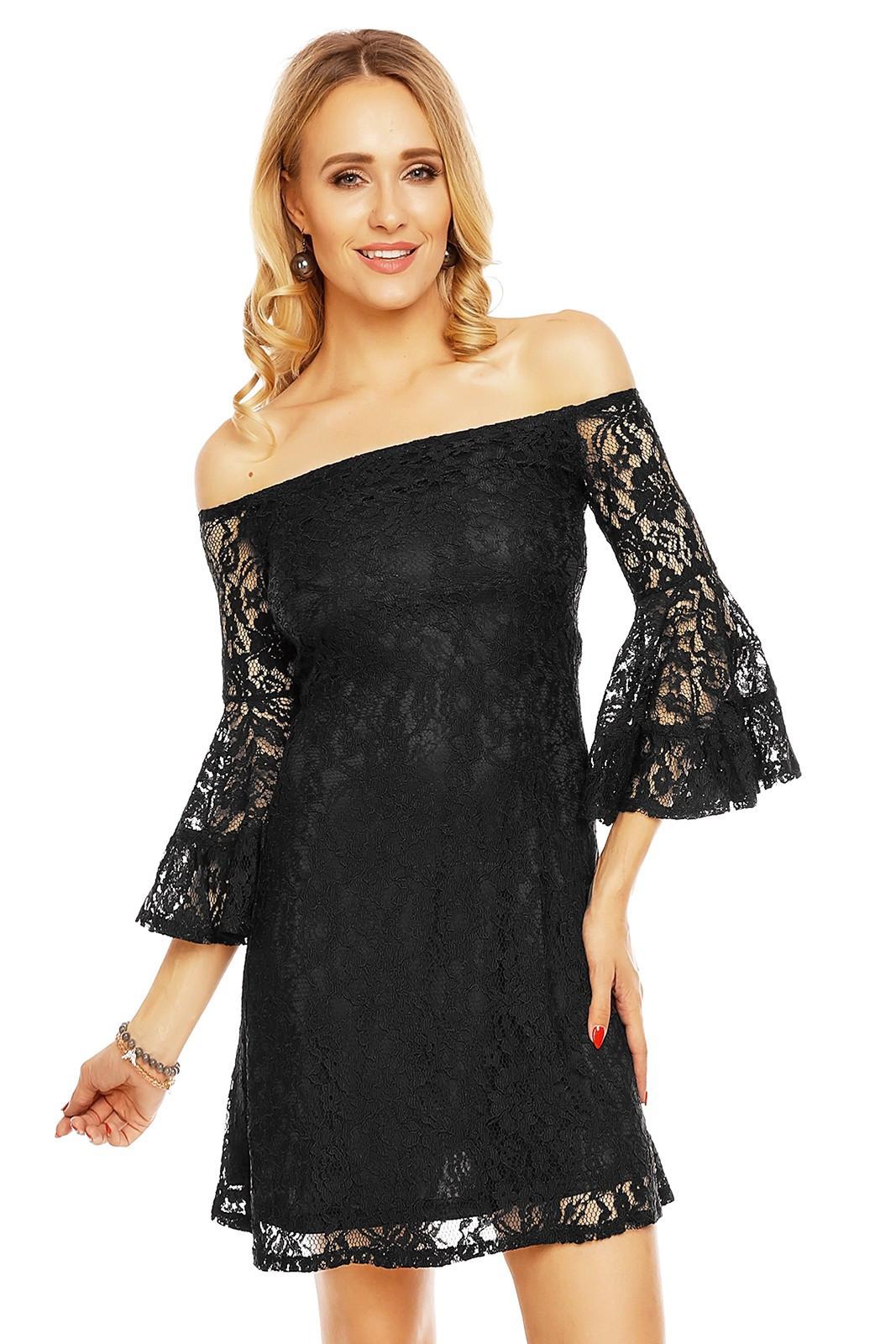 Čipkované dámske šaty s lodičkovým výstrihom a širokými rukávmi čierne - Čierna - MAYAADI čierna M