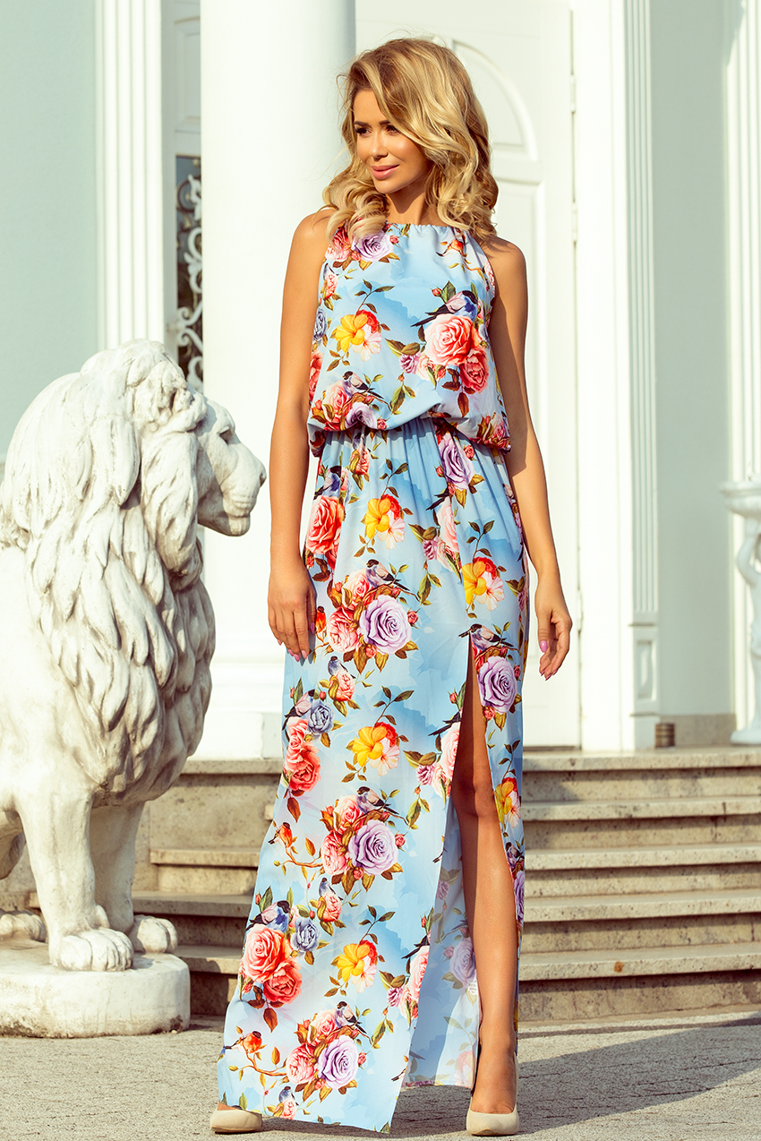 1c8eb597bb4 Dámské maxi šaty se vzorem květů na blankytném pozadí