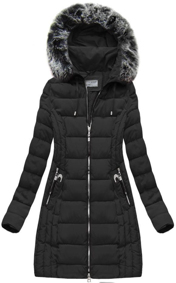 Černá dámská zimní bunda s kapucí (B1056-30) Barva: černá, Velikost: M (38)