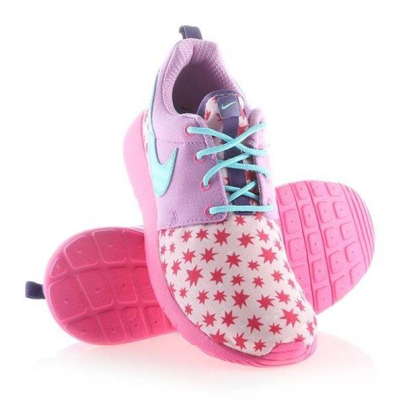 Nike Roshe One Print (GS) W 677784-604 EU 37,5