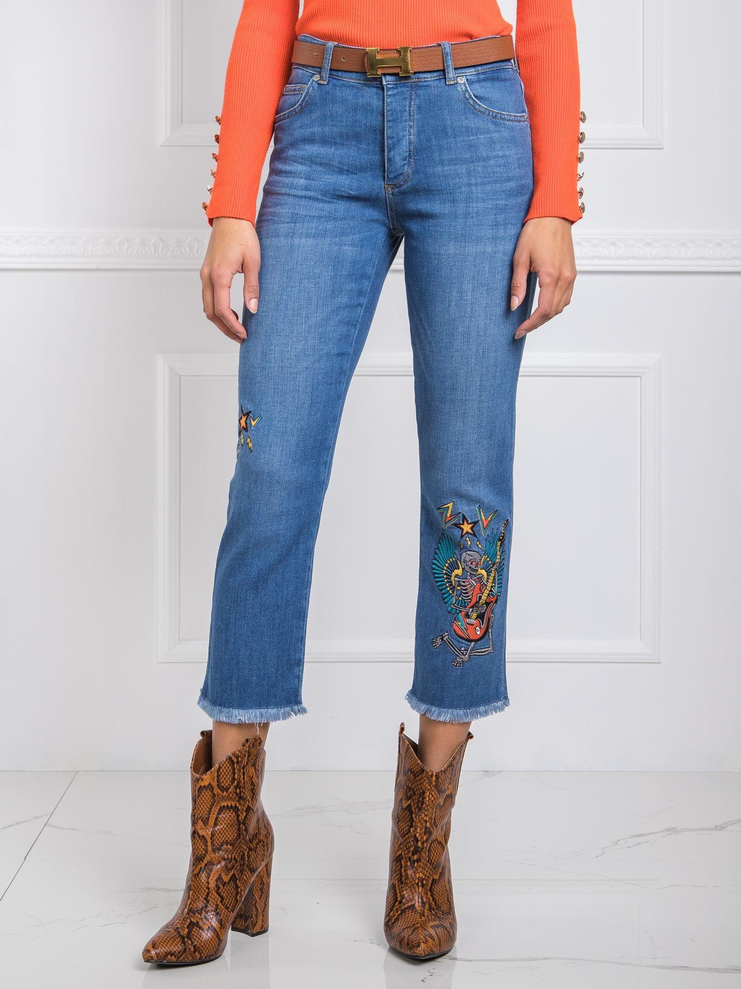 RUE PARIS Modré džínsy s výšivkou 27