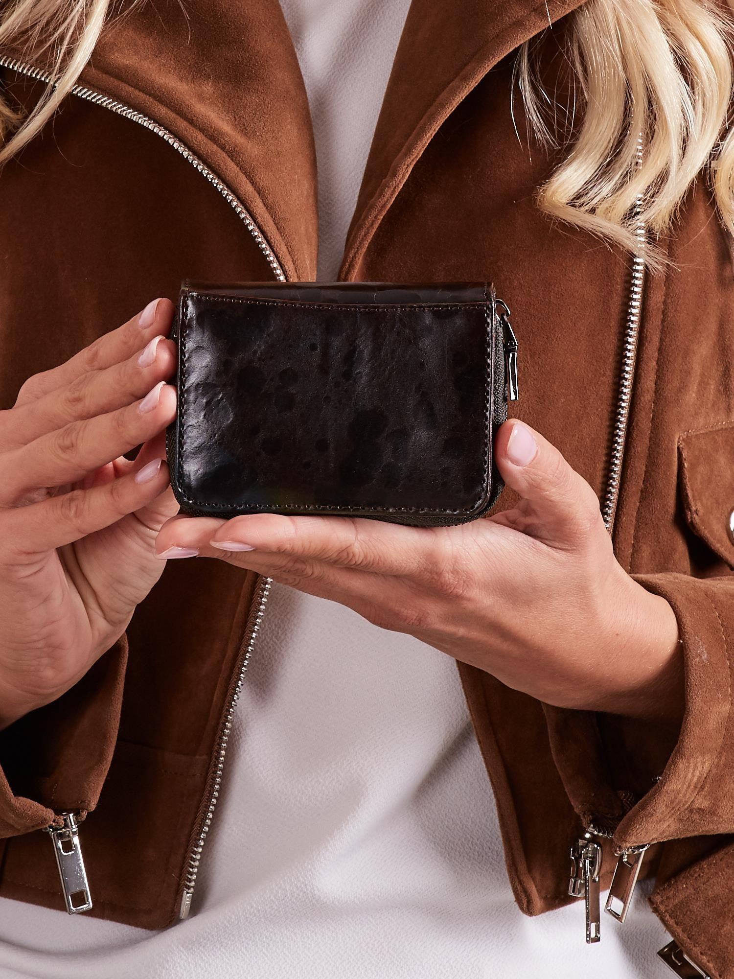 Malá čierna kožená peňaženka univerzální