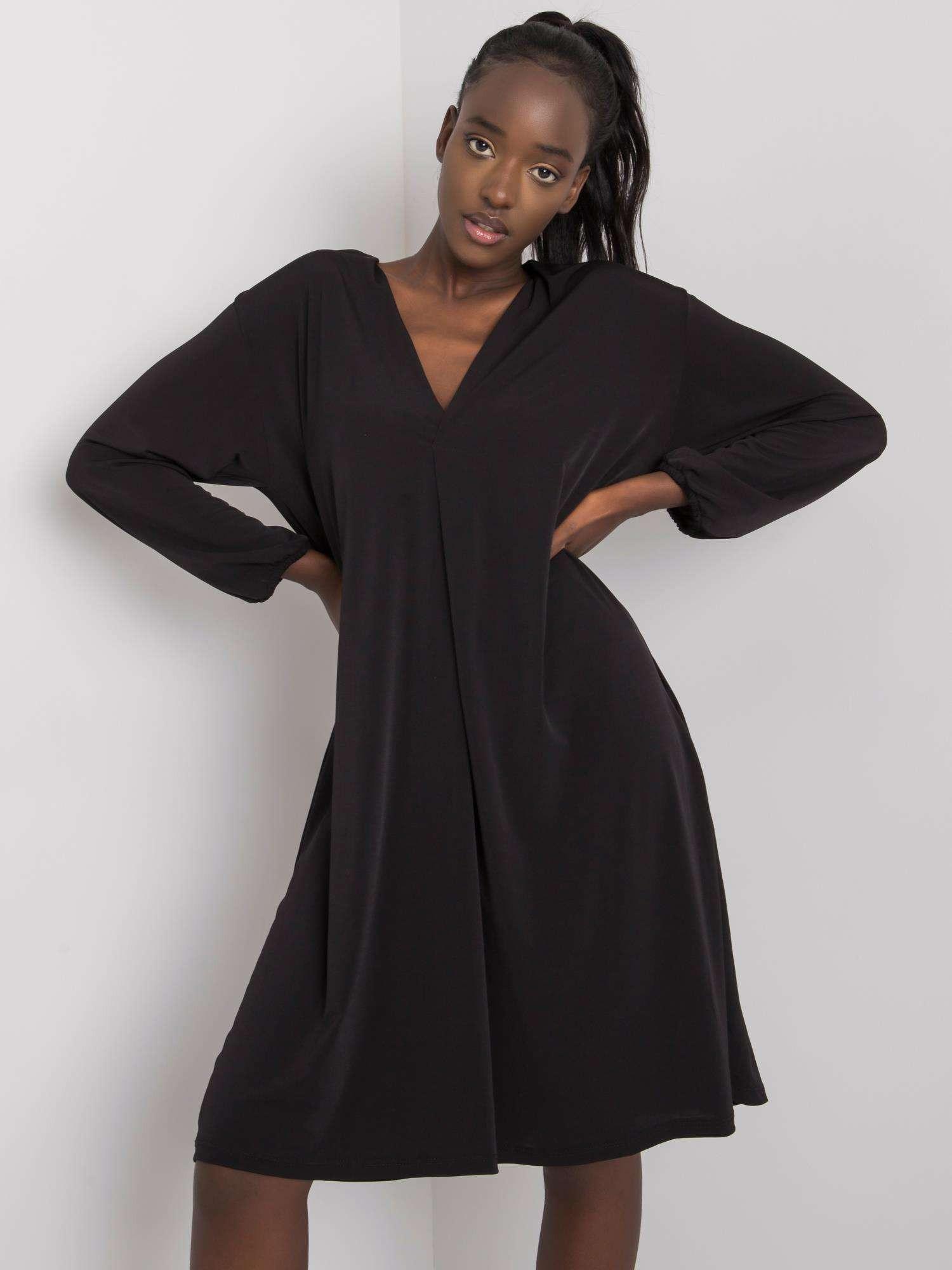 Dámske čierne voľné šaty S