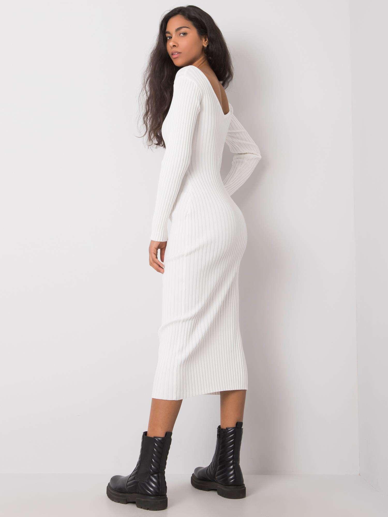 Biele vypasované šaty s pruhom one size