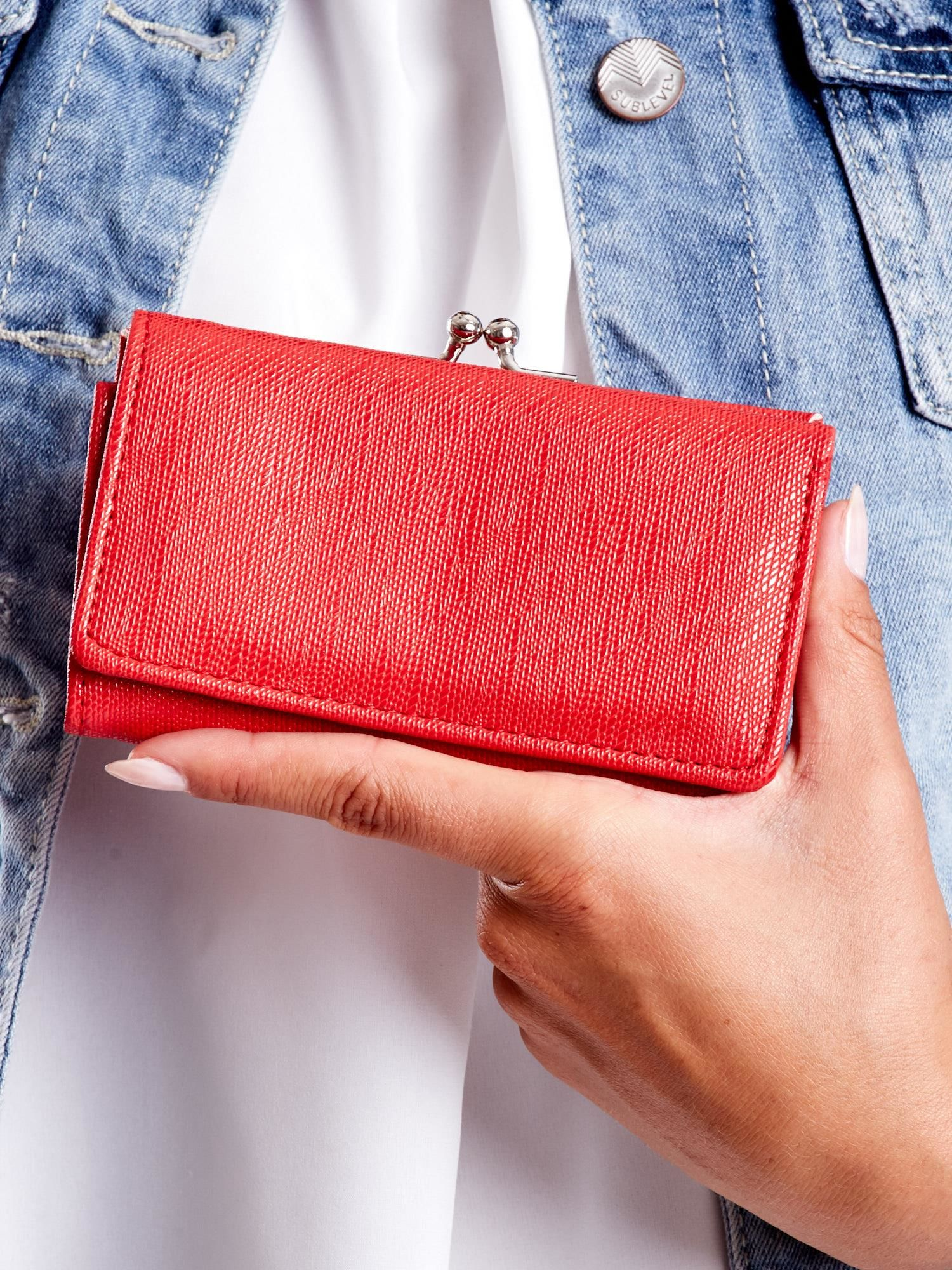 Dámska červená peňaženka s priehradkou ONE SIZE