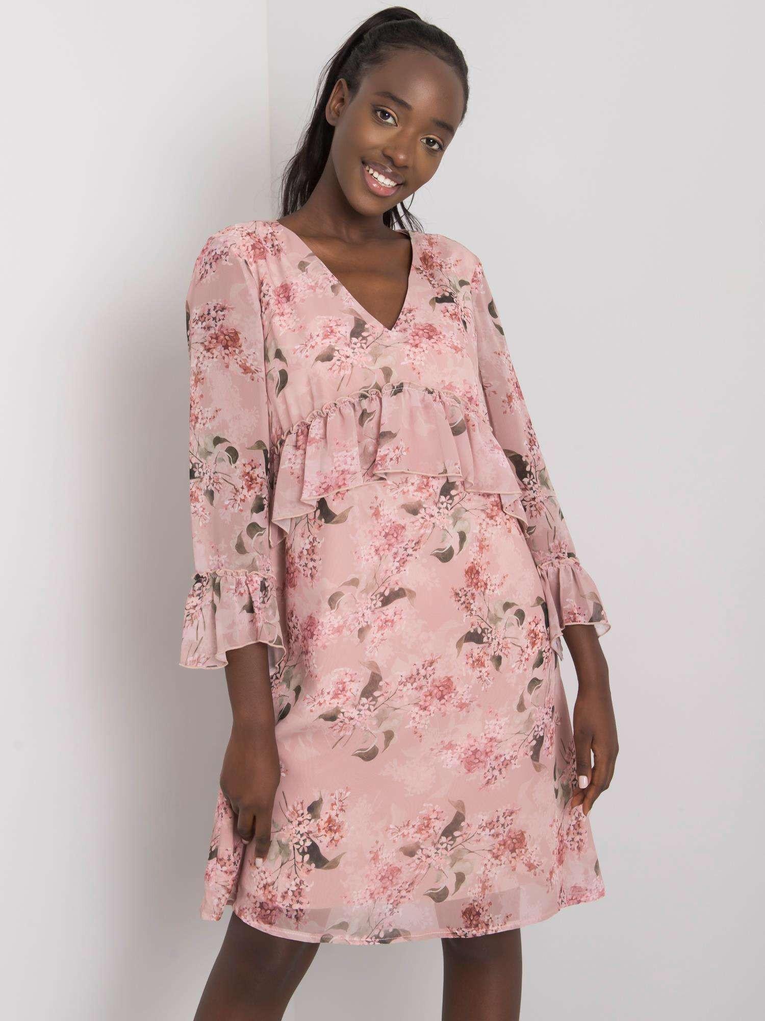 Púdrovo ružové šaty s kvetinovými vzormi 42