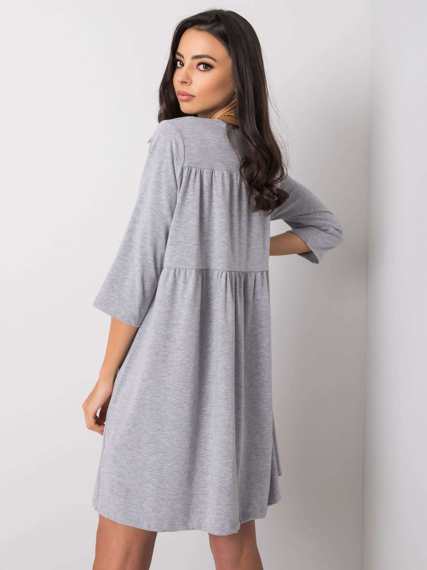 Šedé voľné šaty L / XL